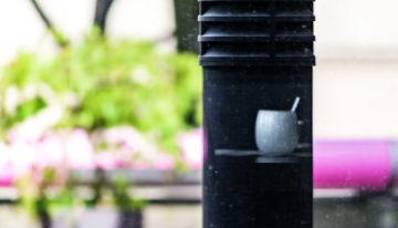 Spiegelung einer Kaffeetasse
